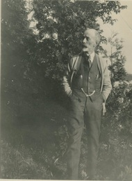 Black and white photo of Archibald Campbell